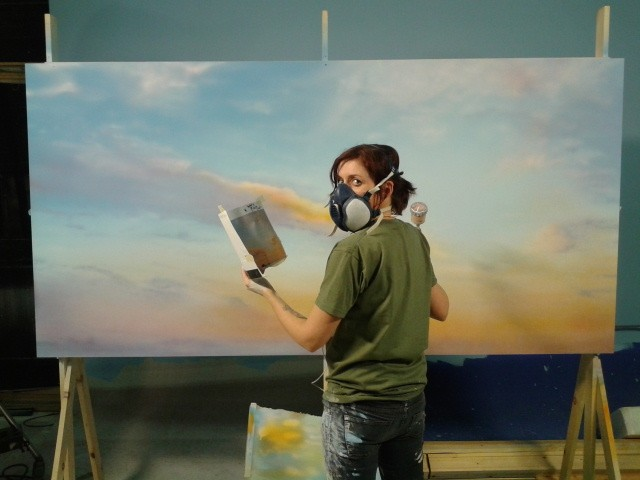 Fiona Stewart painting the sky backgrounds for the 2013 John Lewis christmas advert